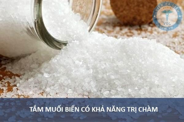 1. Tắm nước muối biển có khả năng trị chàm tại nhà 1