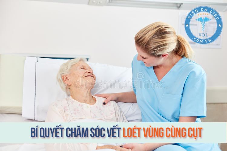 Bí quyết chăm sóc vết loét vùng cùng cụt cho người nằm lâu 1