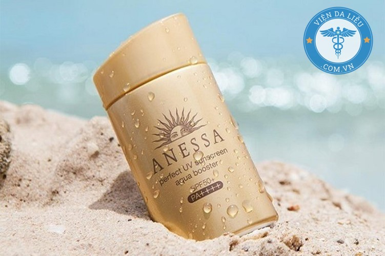 3. Kem chống nắng Anessa Perfect UV Sunscreen Aqua Booster Mild SPF50+ PA++++ 1